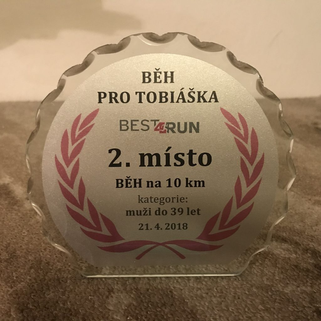 Krásná trofej za druhé místo.