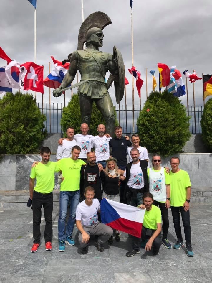 Společná fotka Czech Spartathlon Teamu