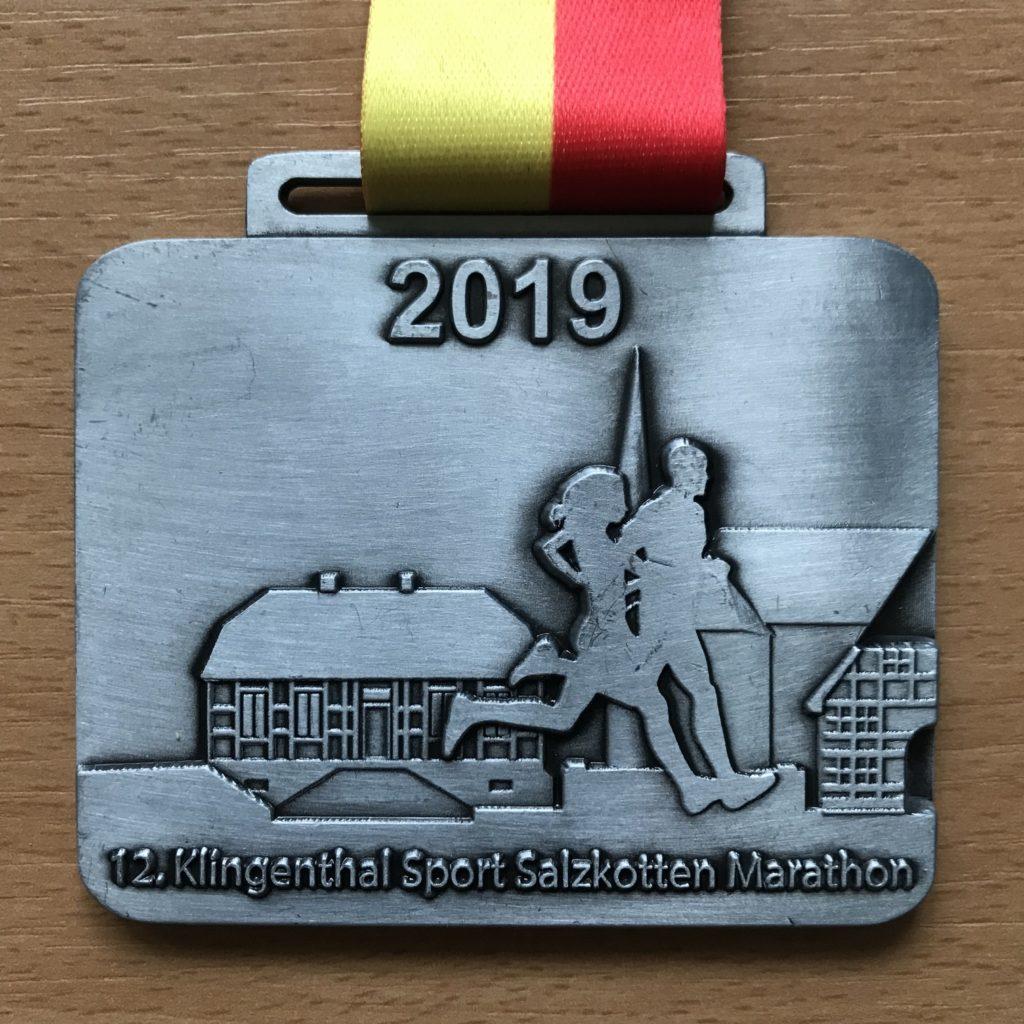 Přední strana medaile.