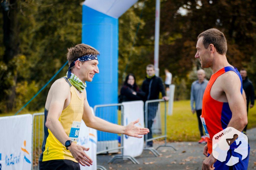 S Danem jsme měli startovat na maratonu v Košicích, ale nakonec jsme si zaběhali v Hradci.